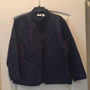 CHICO'S Navy quilted light jacket